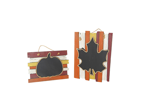 Wooden blackboard ornaments